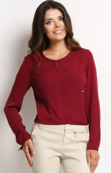 Jak nosić bordową koszulę damską ze spodniami?