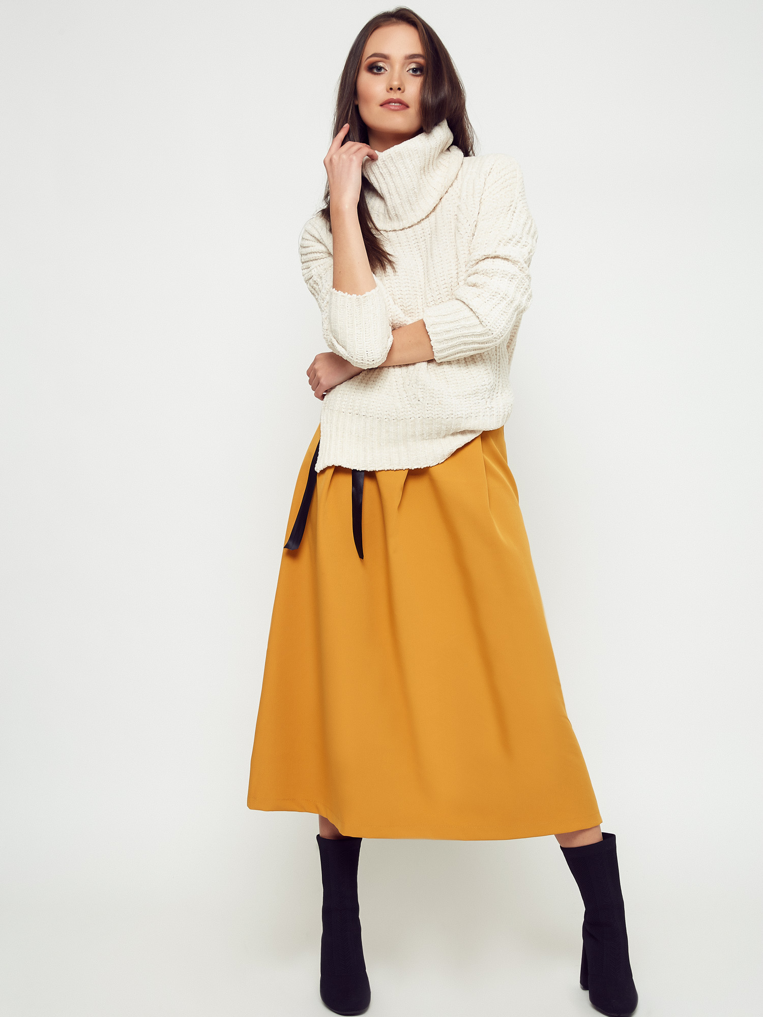 Sweter oversize – ciekawe stylizacje
