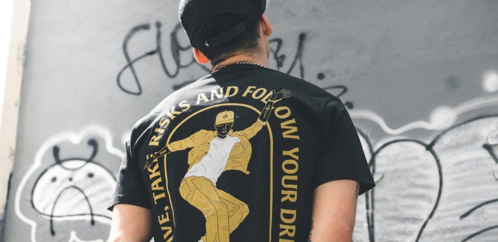 Komu koszulki z własnym wizerunkiem na pewno przypadną do gustu?